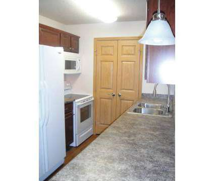 1 Bed - Sun Prairie/Vista Court Apartments at 5901 Vista Drive in West Des Moines IA is a Apartment