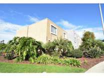 2 Beds - Point Loma Bay