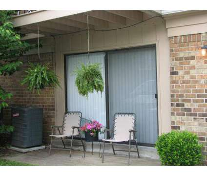 2 Beds - Woodsmill Apartments at 5026 Quail Hollow Rd in Louisville KY is a Apartment