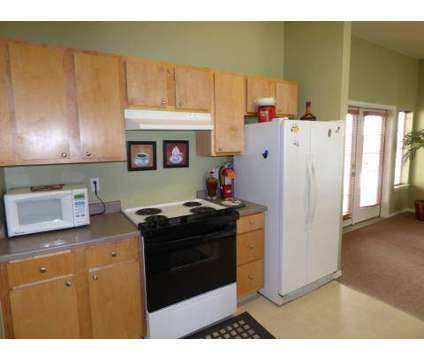 3 Beds - Stonegate Apartments at 6102 Rd 68 in Pasco WA is a Apartment