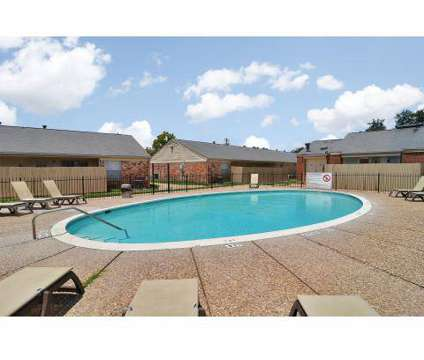 3 Beds - Willow Oaks Apartments at 3902 E 29th St in Bryan TX is a Apartment