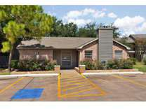 2 Beds - Riverstone Apartments