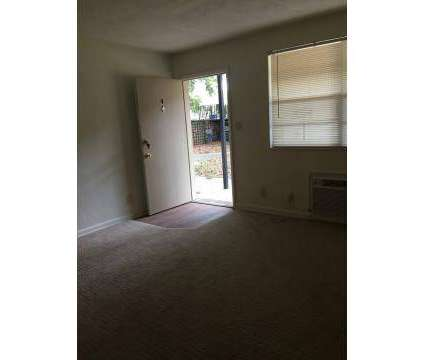 2 Beds - Eagle Pointe at 2647 Cesery Boulevard in Jacksonville FL is a Apartment