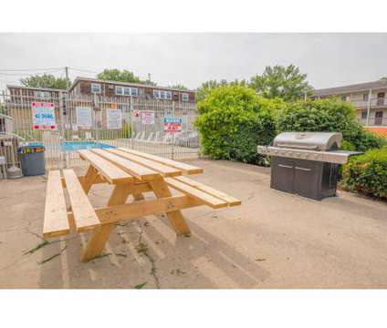 1 Bed - Drake Park Apartments at 1260 34th St in Des Moines IA is a Apartment