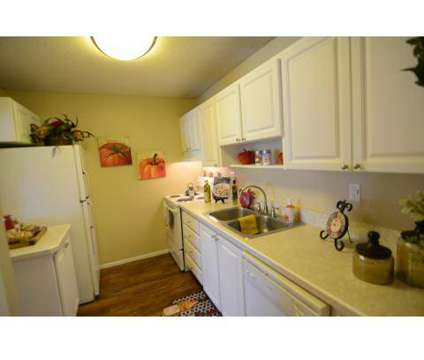 2 Beds - The Barrington at 875 Derbyshire Road in Daytona Beach FL is a Apartment