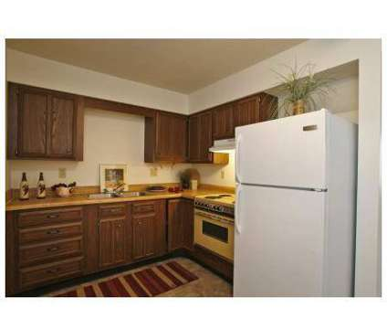 2 Beds - Blair Ridge Apartments at 3424 Hemlock Place Ne in Cedar Rapids IA is a Apartment