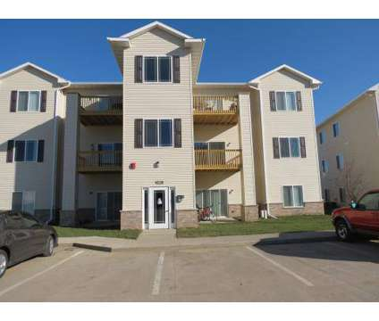 2 Beds - Fountains at Greenhill at 4426 Ashworth Dr in Cedar Falls IA is a Apartment