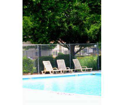 2 Beds - Ashley Woods at 301 West Vandalia Road in Greensboro NC is a Apartment