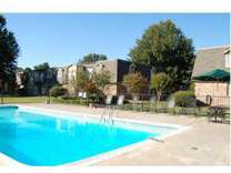 2 Beds - Camelot Townhouses & Apartments