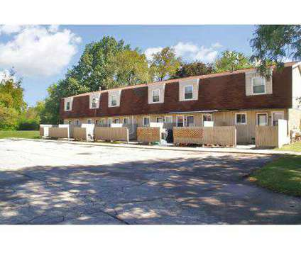 1 Bed - Kingsbrooke Townhomes at 3200 Kingsbrooke Dr in Jackson MI is a Apartment