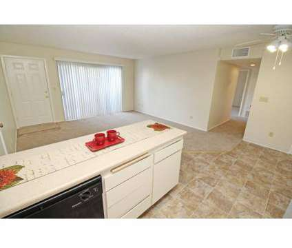 2 Beds - Hunter's Landing Apartments at 1205 E 22nd St in Marysville CA is a Apartment