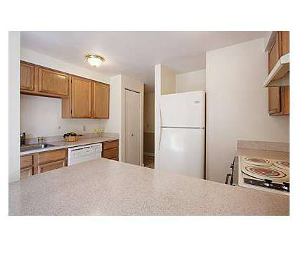 2 Beds - Stratford Arms Apartments at 11126 Se 256th St in Kent WA is a Apartment