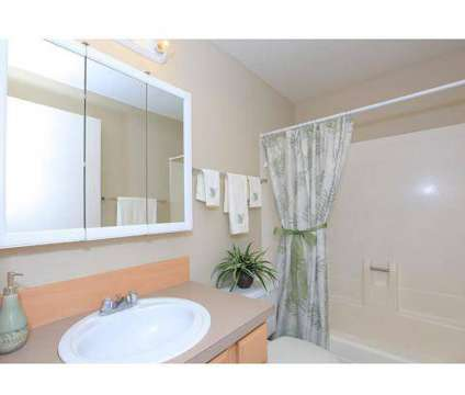 2 Beds - Redwood Park at 4103 West 18th Ave in Eugene OR is a Apartment