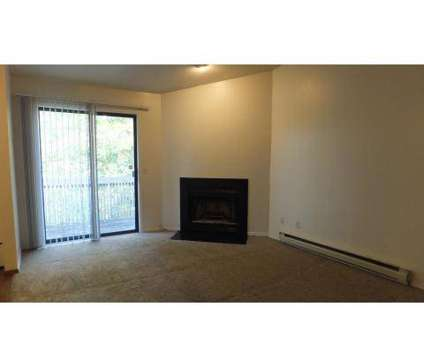 2 Beds - Titleist Club Apartments at 9510 Mandell Road in Perrysburg OH is a Apartment