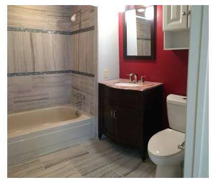 3 Beds - Shadow Creek at 11560 Somerset Dr in North Royalton OH is a Apartment