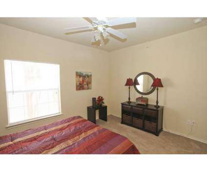 1 Bed Brookside Apartments 3604 S W S Young Dr Killeen Tx 3310994019 Apartment Listings