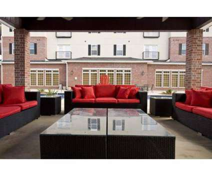 2 Beds - Varsity House Muncie at 3015 North Oakwood Ave in Muncie IN is a Apartment