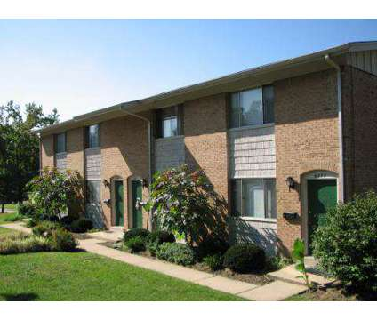 2 Beds - Dunnwood Acres Apartments at 6577 Cortena Dr in Hazelwood MO is a Apartment
