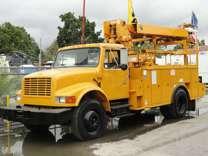 2001 INTERNATIONAL 4900, DT466E, 92k miles, Digger Derrick Auger Terex Comander