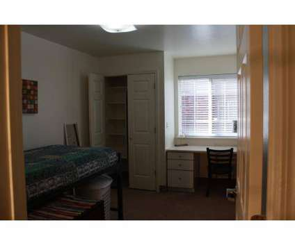 5 Beds - Campus Park Housing at 122 Falls Ave West in Twin Falls ID is a Apartment