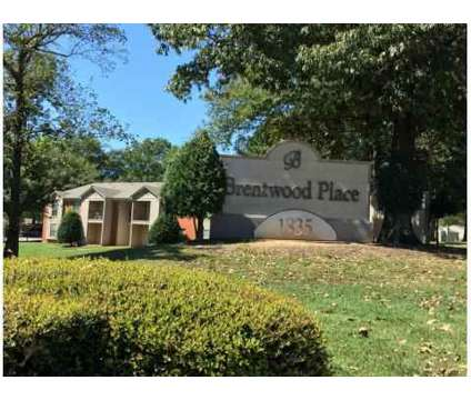2 Beds - Brentwood Place at 1835 Sycamore View Rd in Memphis TN is a Apartment