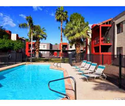 2 Beds - Papago Gardens at 1025 North 48th St in Phoenix AZ is a Apartment
