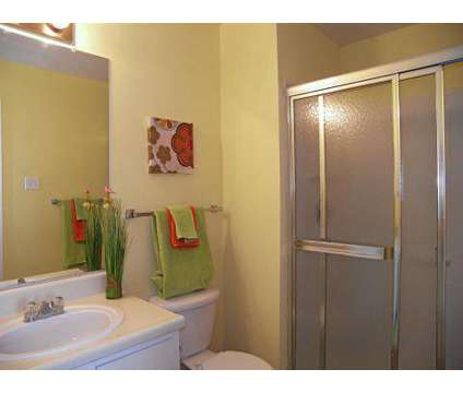 2 Beds - Autumnwood at 3094 Autumnwood Avenue in Memphis TN is a Apartment