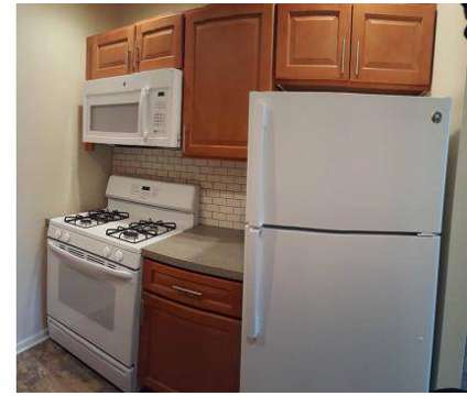 2 Beds - Sweetbriar Apartments at 1917 Oregon Pike in Lancaster PA is a Apartment