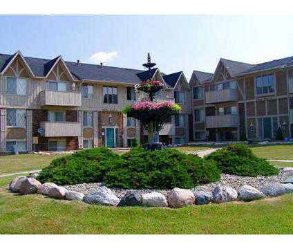 1 Bed - The Landings of Fountain Pointe at 6033 Fountain Pointe in Grand Blanc MI is a Apartment