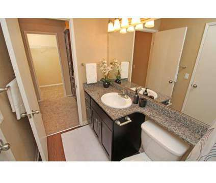 2 Beds - Lakeview Apartments at 1511 South Mills Ave in Lodi CA is a Apartment
