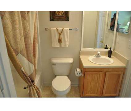 3 Beds - Palmetto Pointe at 3919 Carnegie Ave in Myrtle Beach SC is a Apartment