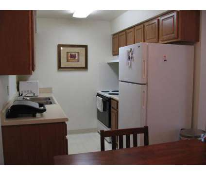 2 Beds - Conlin Properties at 6800 Sw 9th St  3 in Des Moines IA is a Apartment