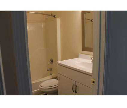 2 Beds - Avalon Townhouse Apartments at 204 Benton St in Goldsboro NC is a Apartment