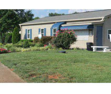 1 Bed - Deane Hill Apartments at 7700 Gleason Dr in Knoxville TN is a Apartment