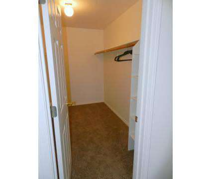 1 Bed - Heatherwood Apartments at 765 Se Mount Hood Highway in Gresham OR is a Apartment