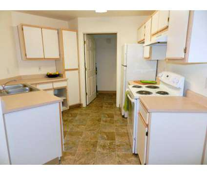 3 Beds - Heatherwood Apartments at 765 Se Mount Hood Highway in Gresham OR is a Apartment