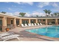 2 Beds - Palm Lodge Estates