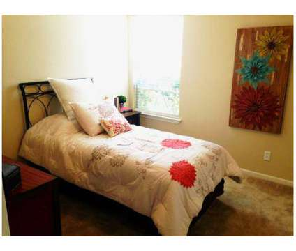2 Beds - Creekwood Apartments at 710 North 46th St in Killeen TX is a Apartment