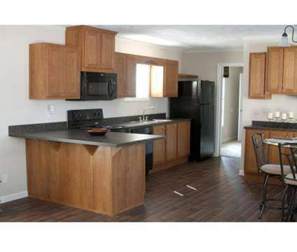 2 Beds - Holiday City at 553 Corbin St in Jacksonville NC is a Apartment