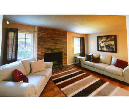 1 Bed - Chenal Place at 1812 Reservoir Rd in Little Rock AR is a Apartment