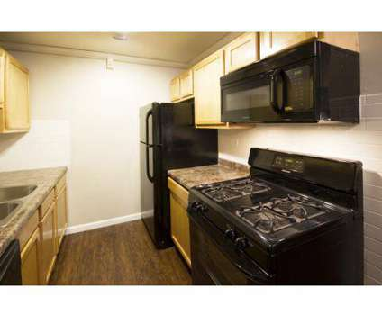 1 Bed - Ellyn Crossing at 557 Gregory Ave in Glendale Heights IL is a Apartment