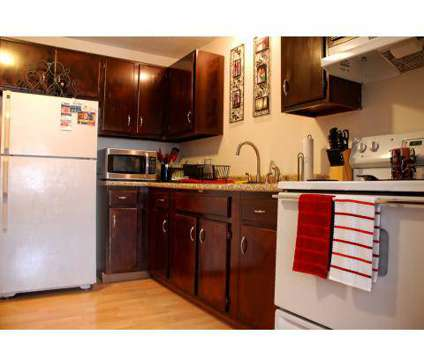 Studio - WBC Estates at 32 Myrtle St in Manchester NH is a Apartment