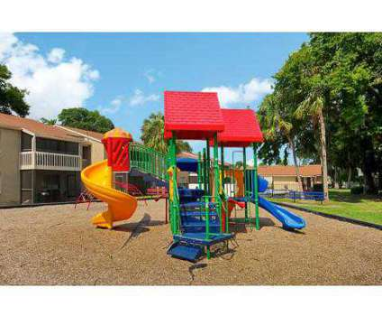 2 Beds - Moncler Landings at 401 Monument Road in Jacksonville FL is a Apartment