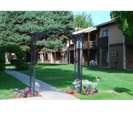 1 Bed - Hawaiian Village at 1105 West 10th Ave in Kennewick WA is a Apartment