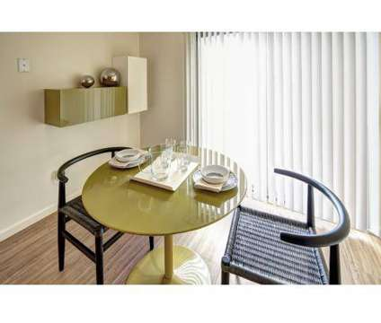 2 Beds - Legacy Bay Townhomes at 436 Glenwood Rd in Binghamton NY is a Apartment