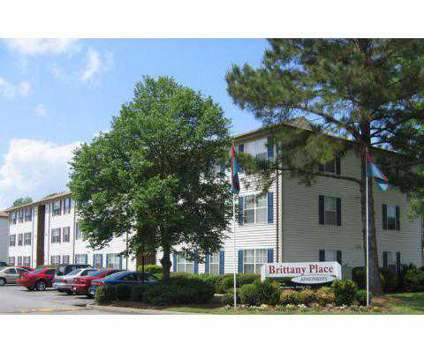 2 Beds - Brittany Place at 6143-a Edward St in Norfolk VA is a Apartment