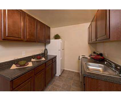 3 Beds - Hodges Manor at 1008 Cherokee Rd in Portsmouth VA is a Apartment