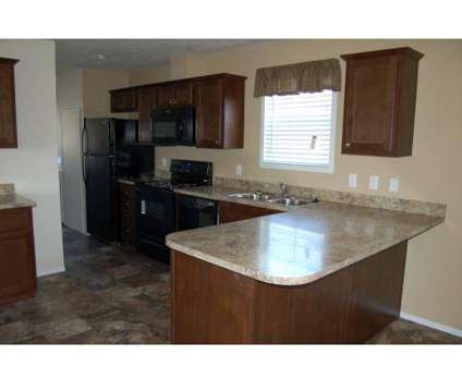3 Beds - Deerfield Run at 2986 East Deerfield Run Boulevard in Anderson IN is a Apartment