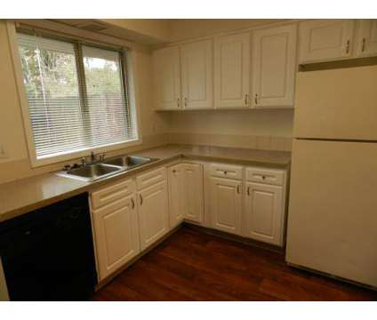 2 Beds - Capitol Gardens at 4436 Sw Alfred St in Portland OR is a Apartment
