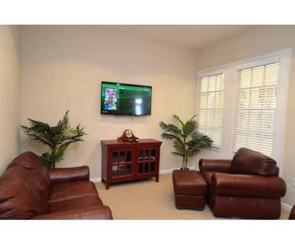 2 Beds - The Quarters at Park View at 1140 London Boulevard in Portsmouth VA is a Apartment